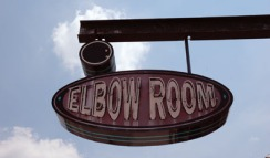 elbow-room2
